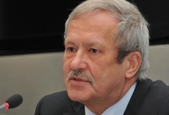 Steinhoff ocenia rząd: OZE na plus, korytarze przesyłowe i węgiel na minus