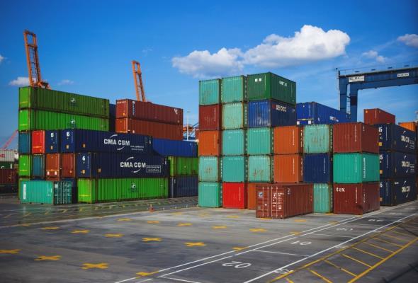Branża logistyczna inwestuje w powierzchnię magazynową