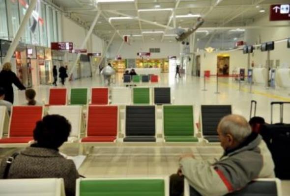 Lublin: Pociągi lotniskowe świecą pustkami