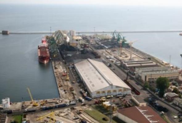 Port Gdynia: Mniejszy sąsiad Gdańska