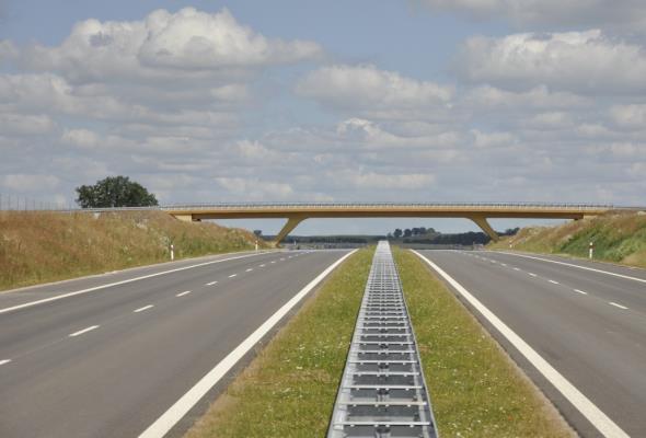 Zdaniem eksperta: Decyzja GDDKiA o budowie dróg z betonu nieprzemyślana