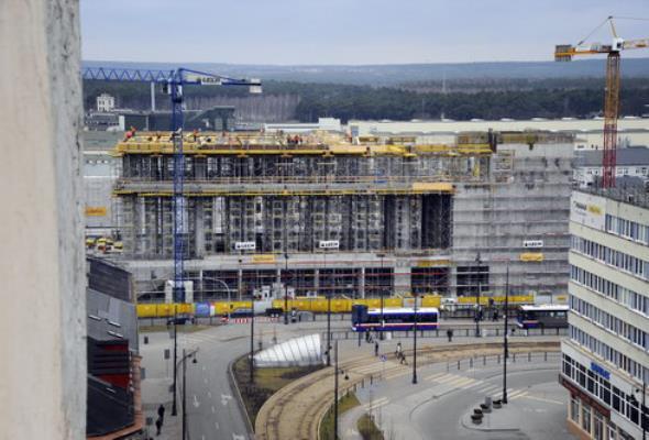 Bydgoszcz: Bryła budynku nowego dworca gotowa