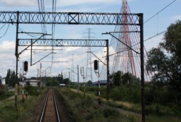 W trójmiejskich portach ciężarówki będą zastępowane pociągami