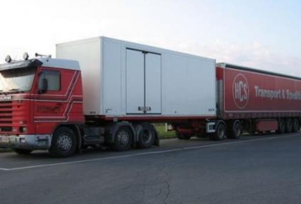 Parlament Europejski: Megaciężarówek jeszcze nie będzie