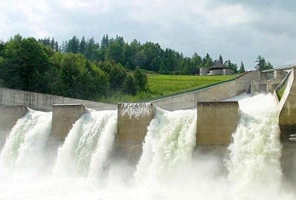 Prezes honorowy TEW: Opłata za pobór wody to absurd