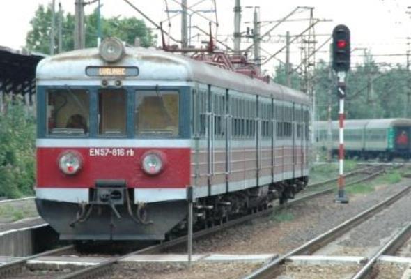 UKE zbada zasięg w pociągach przed Euro 2012