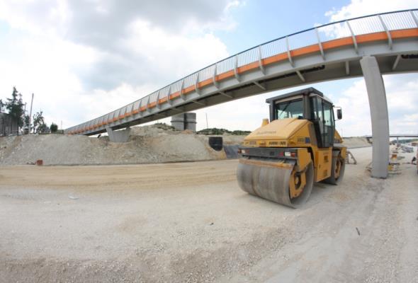 Opóźniają się kluczowe przetargi infrastrukturalne. Przed branżą budowlaną kilkanaście miesięcy spowolnienia