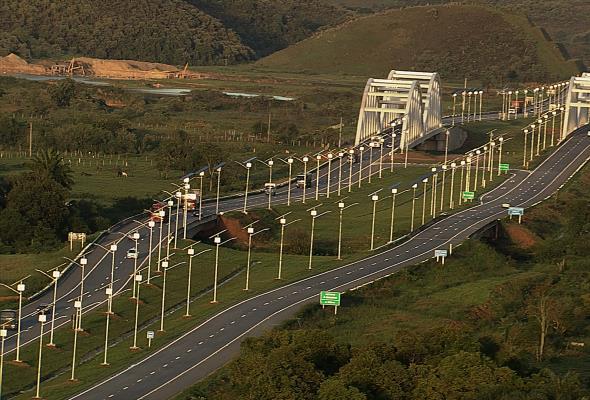 Brazylia: Powstała autostrada zasilana fotowoltaiką [WIDEO]