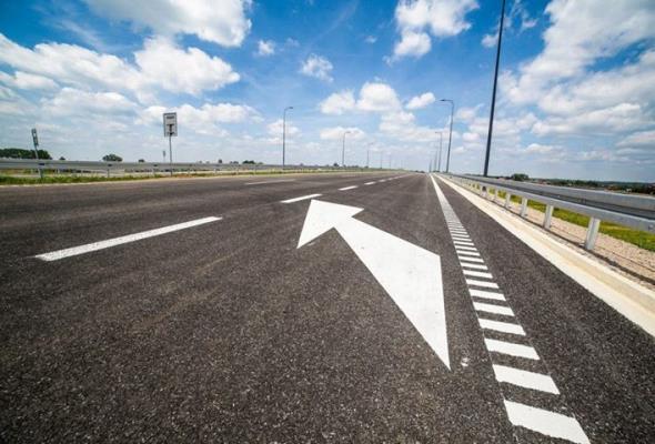 KIP: Asfalt czy beton? Polskie drogi potrzebują obu technologii