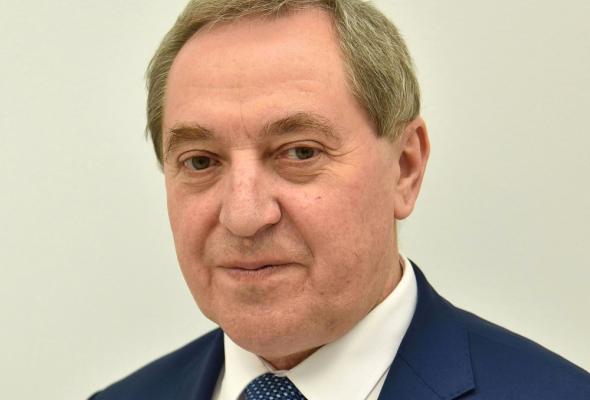 Minister Kowalczyk: Trzeba zachować rozdzielność zarządzania LOT-em