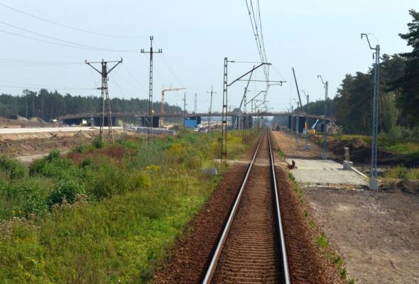 Obiecali drogę S10 do Płocka. Tamtędy ma biec linia kolejowa