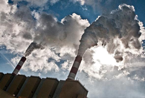 Na programy skierowane na ochronę powietrza w Polsce trafi 10 mld zł