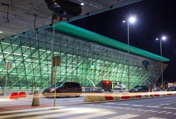 Kraków Airport z satelitarną technologią nawigacyjną
