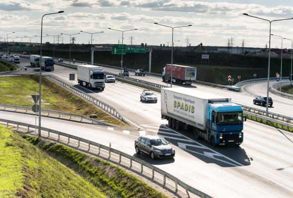 Beton vs. asfalt: Brak rzetelnego porównania technologii