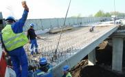 Położono ostatnią belkę na estakadzie S1 w Sosnowcu