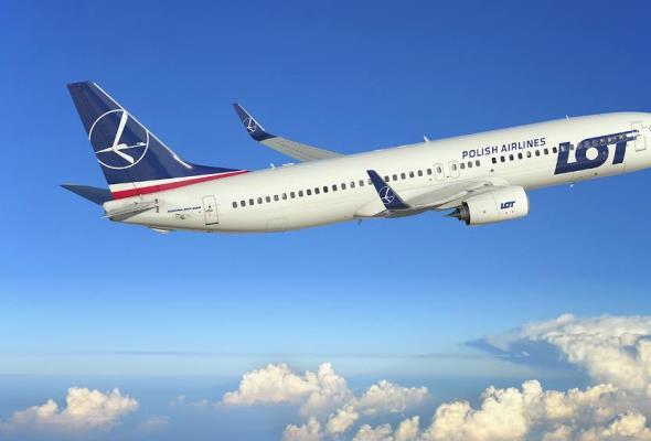 PLL LOT: Na jakich trasach polecą nowe samoloty przewoźnika?