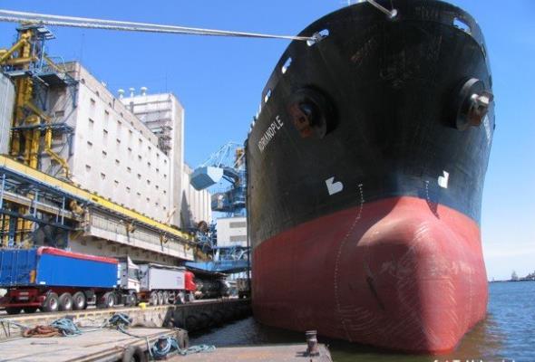 Rośnie udział transportu kolejowego w obsłudze gdyńskiego portu