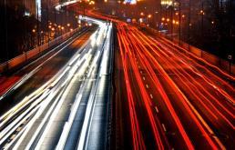 Przystanki na Trasie Łazienkowskiej mają być w pełni dostępne