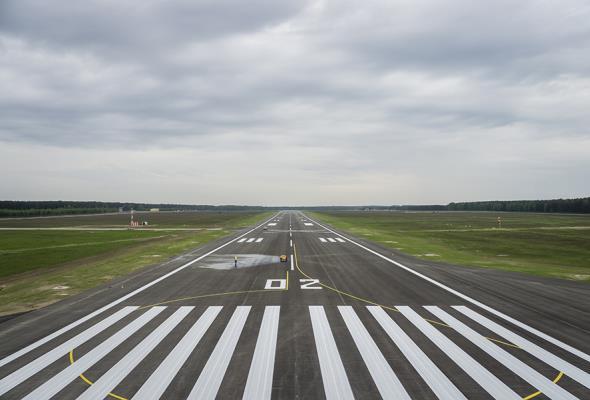 Szymany: Jest droga, jest kolej, czas na pierwsze loty