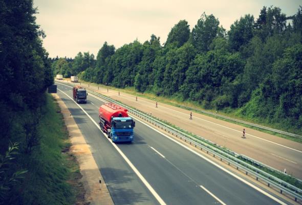 Dolny Śląsk: Od jutra ciężarówki nie wyprzedzą na A4