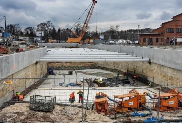Pod kolejową linią otwocką w Międzylesiu powstał tunel