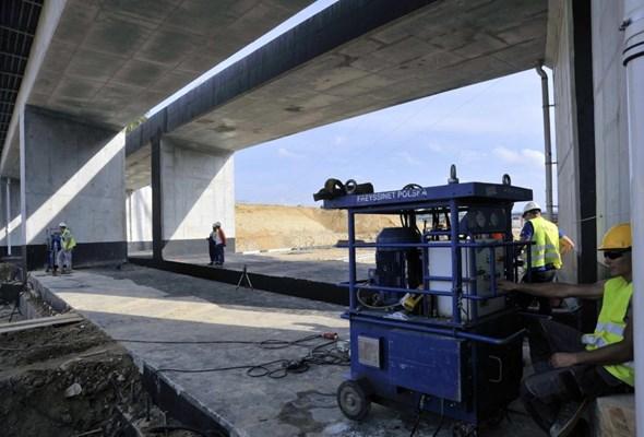 Wiadukt kolejowy na zachodniej obwodnicy Lublina już jest na miejscu